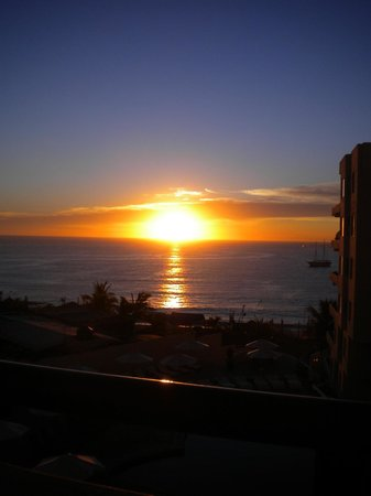 Cabo Villas Beach Resort : Sunset view from room