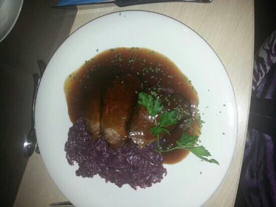 Hotel Restaurant Harlesiel:                                                       Hauptgang mit Fleisch