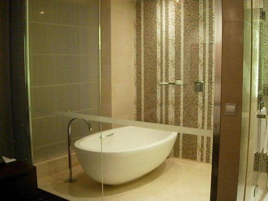 جراند هياة ماكاو: Bath Area