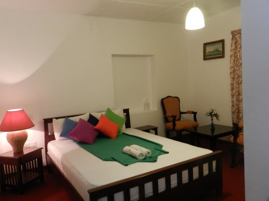 Eeescart Family Resort:                   Room