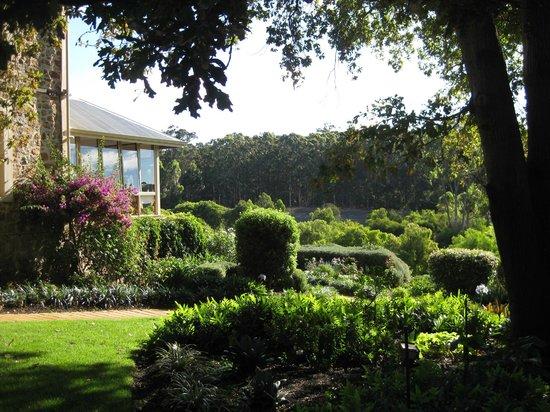 巴斯爾德內莊園美居飯店照片