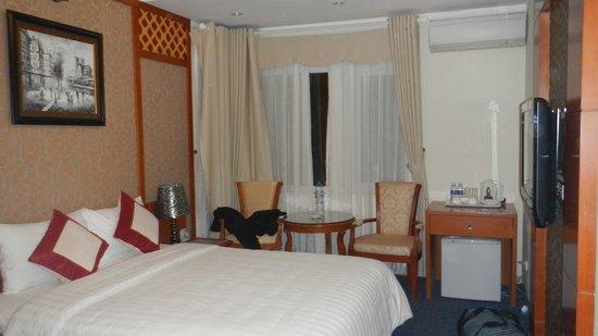 Santa Barbara Hotel: Un chambre de 20m2