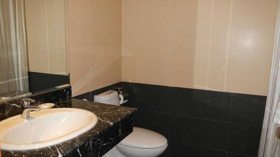 Santa Barbara Hotel : Salle de bain
