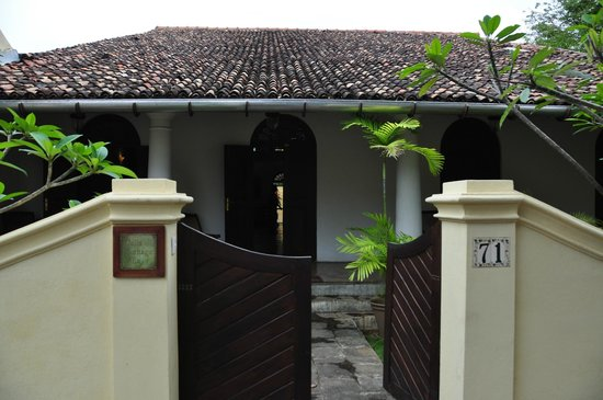 Galle Heritage Villa by Jetwing: front entrance