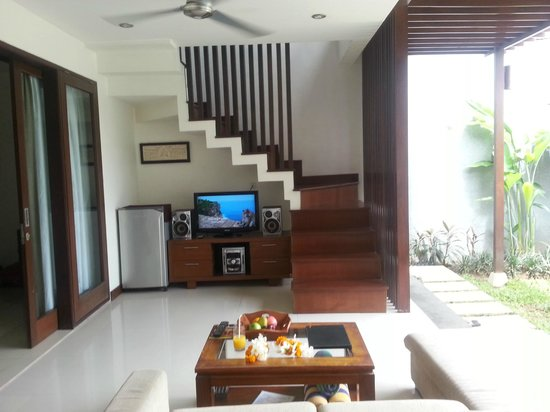Grania Bali Villas:                   At level 1, going up to Level 2