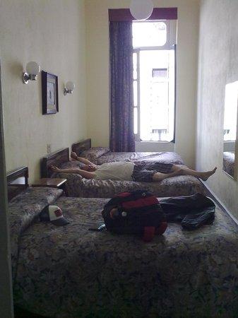 Hotel Principal:                   Habitación para 8 pax