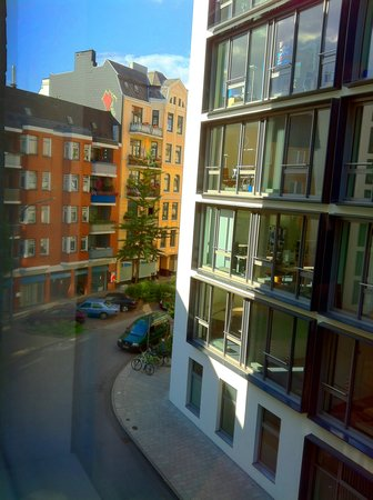 Motel One Hamburg am Michel: view out the window