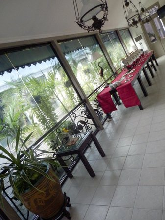 Soga Restaurant & Lounge: Area used for buffets