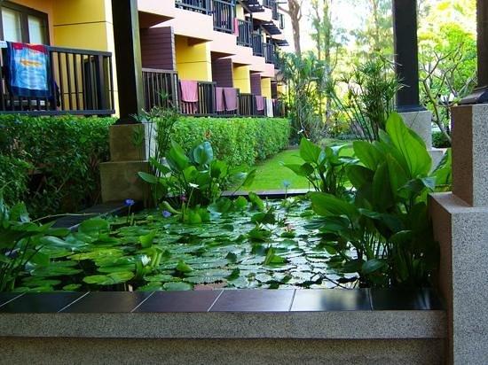 Phuket Island View : Lobby