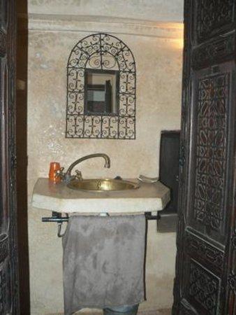 Riad Menthe et Citron:                                                       Chambre Jasmin  - salle de bain privative