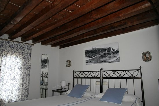 Hostal La Posada de Zocodover: Detalle Habitacion