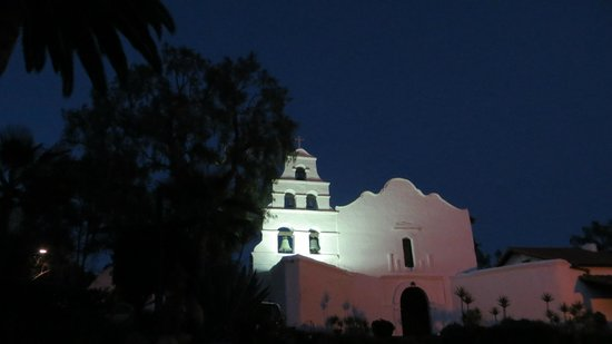 Mission San Diego de Alcala : Exterior of the mission at dusk