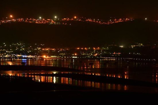 Brenton Hill Self Catering :                   Night time view across Knysna