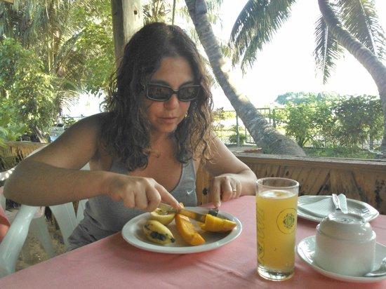 Rosemary's Guesthouse :                   Io mentre faccio colazione ;-)