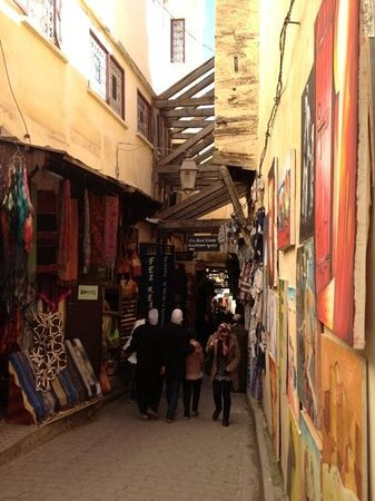 Riad Rcif:                   Exploring the ancient streets of Fez Medina
