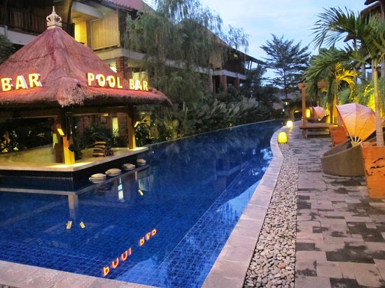 Cepu, Indonesia:                   pool