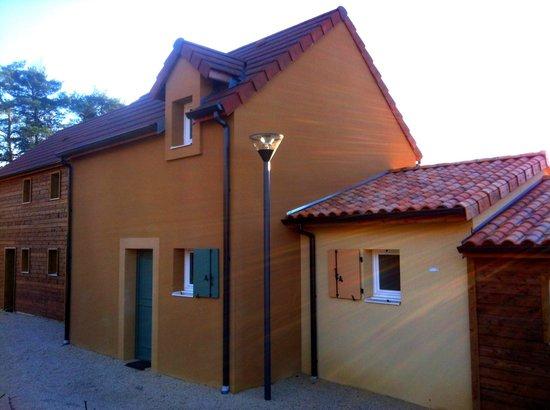 Residence-Club Odalys Les Coteaux de Sarlat:                   Maisonnette 8pers