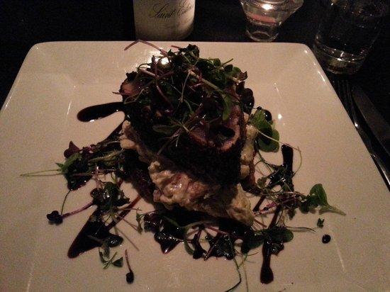 Seapoint : Seared Tuna with Avacado and Horseradish Sauce