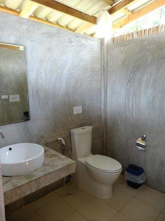 Long Beach Chalet: Salle de bain