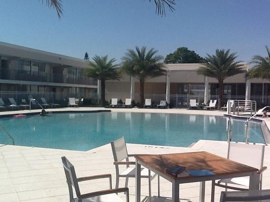 Ramada Venice Hotel Venezia: heated pool