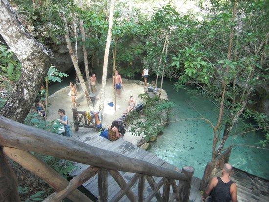 Cabanas Zazilkin:                                     grande cenote