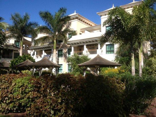 Gran Melia Palacio de Isora Resort & Spa: View of hotel