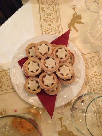 grand hotel tynemouth: mince pies