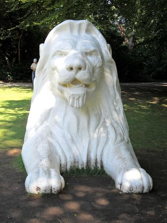 Tatton Park:                   Lion Statue