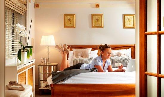 Netherstowe House Hotel: Bedroom
