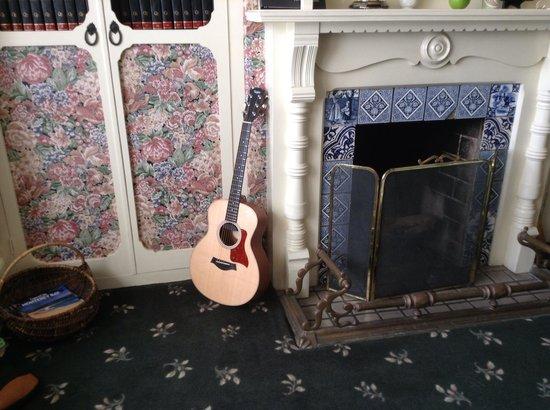 Green Gables Inn, A Four Sisters Inn:                   Living room with my guitar