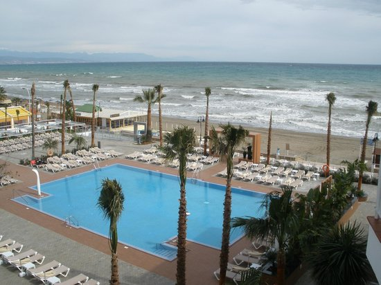 Hotel Riu Nautilus:                   Pool / beach