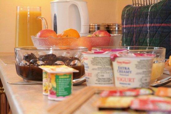 Rosemead Guesthouse: Breakfast Buffet