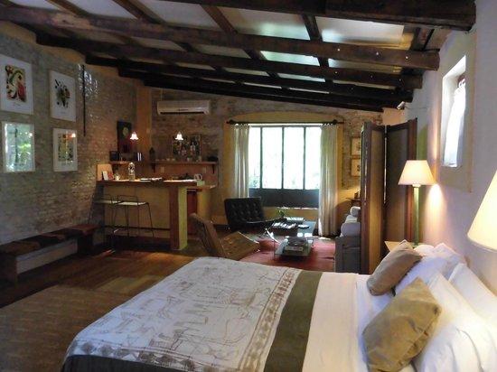 Colonia Suite Apartments:                   kitchen suite