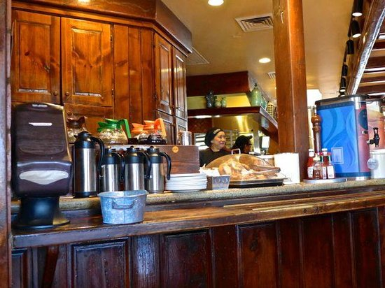la Madeleine French Bakery & Cafe: The table offering hot breverages of coffee, milk and tea.