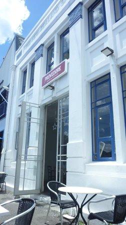 Provedore : La facciata del ristorante