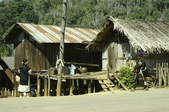 Hilltribe Villages :                   How Lahu homestay look like