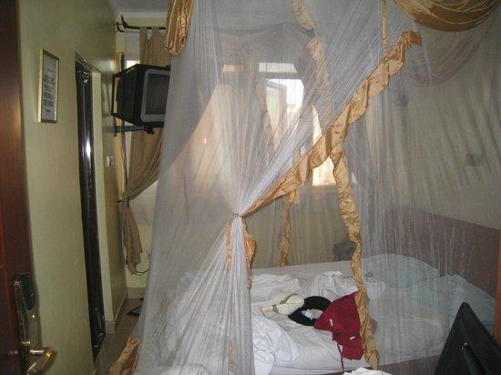 Hotel Kipepeo:                   Комната