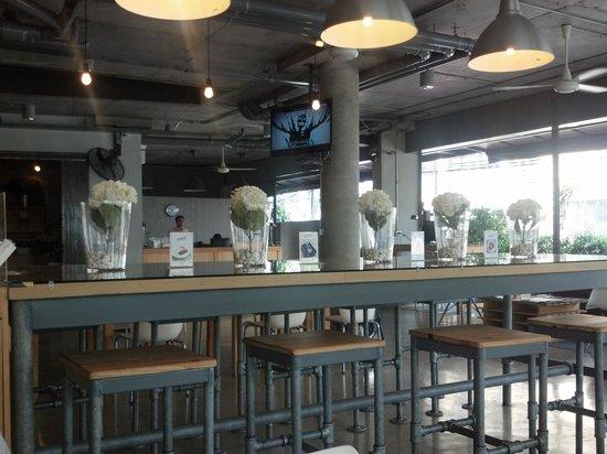 The Warehouse Bangkok:                                     The lobby
