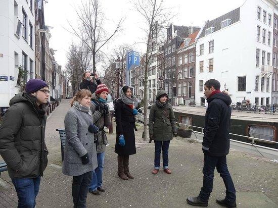 Omy Amsterdam Tours:                   Really detailed historical explanations