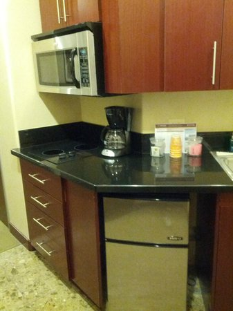 Staybridge Suites Las Vegas:                   Kitchenette