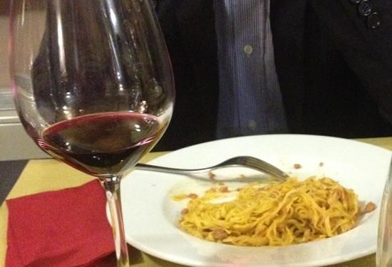 Osteria More e Macine: tajarin con salsiccia di Bra