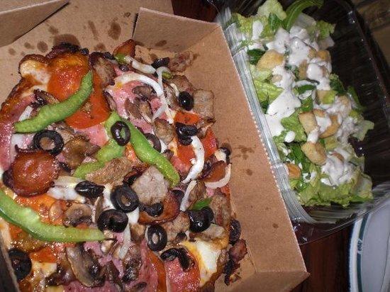 Round Table Pizza:                   ラウンド・テーブル・ピザ(ヒルトン ハワイアン ビレッジ)