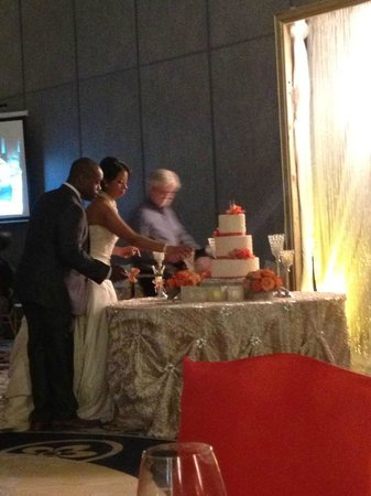 La Torretta Lake Resort & Spa:                   Cake cutting in Versailes II