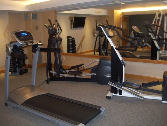 Comfort Suites South Burlington : cardio machines
