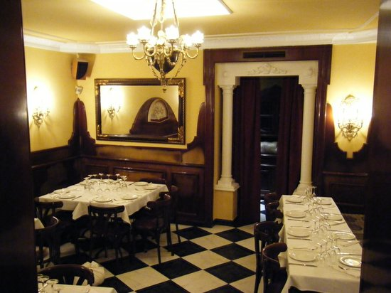 Hostal Luz: Salon restaurante Traviatta