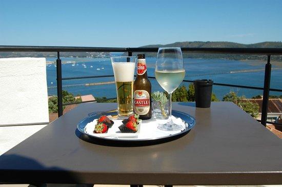 Villa Afrikana Guest Suites:                   ...zur Begrüßung!