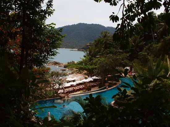 Santhiya Koh Phangan Resort & Spa:                   Pool area on beach was stunning