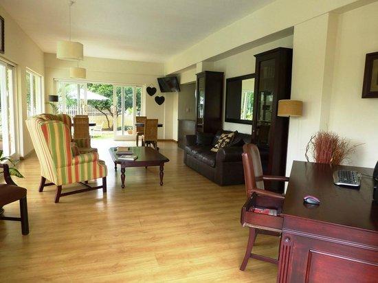 Villa Moringa Guesthouse: Aufenthaltsraum