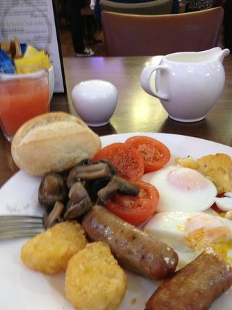 Hotel Russell:                   English Breakfast