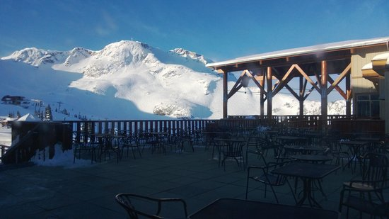The Westin Resort & Spa, Whistler : Fresh Tracks at the Roundhouse